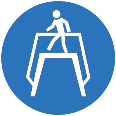 Предписывающий знак Переходить по надземному переходу (M12)